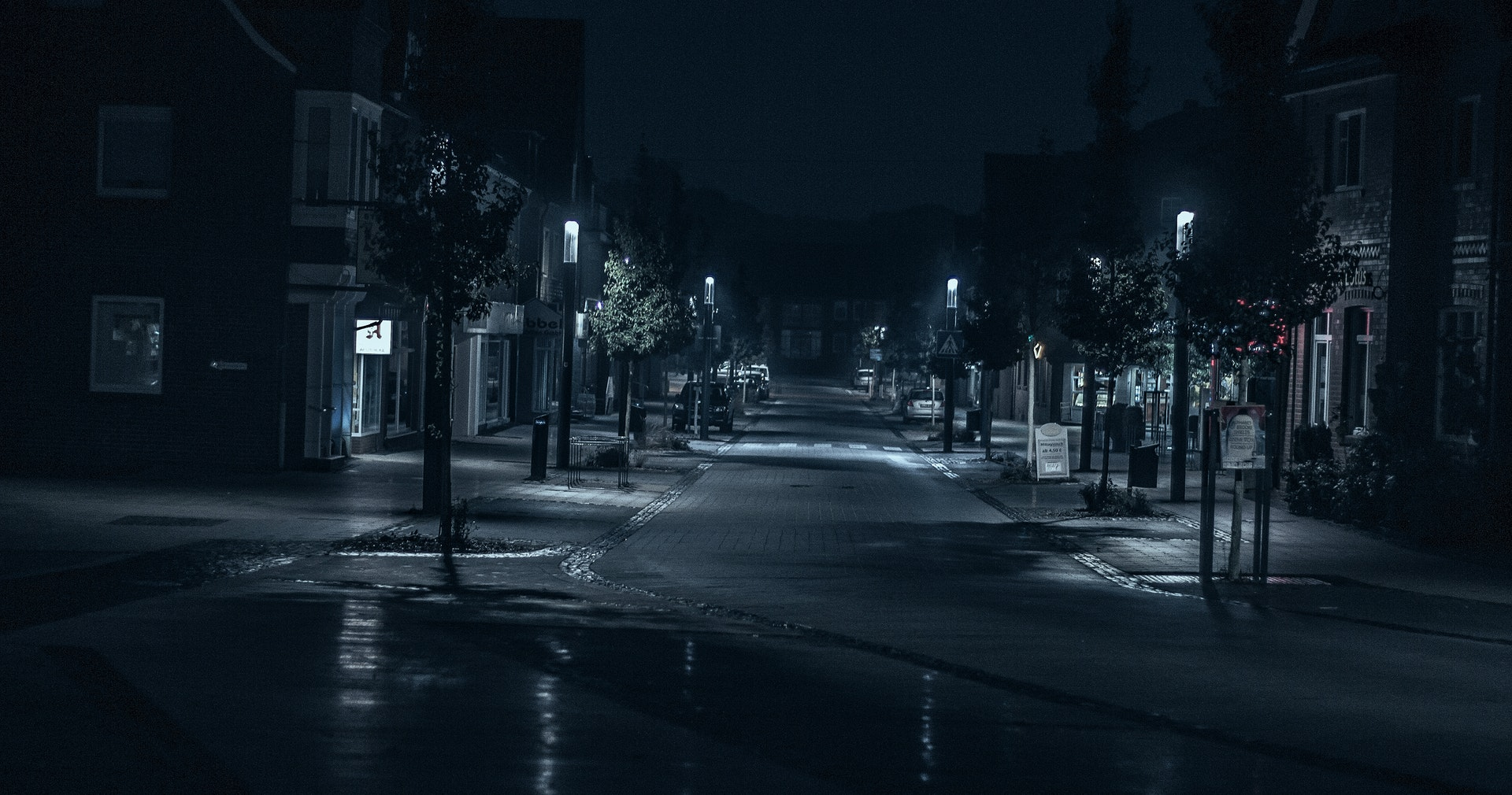 21 of the Scariest Ghost Stories Ever Told